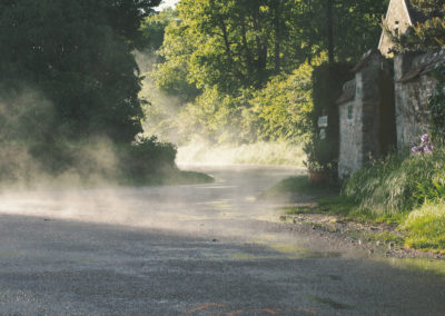 Boissy, route sous la pluie.